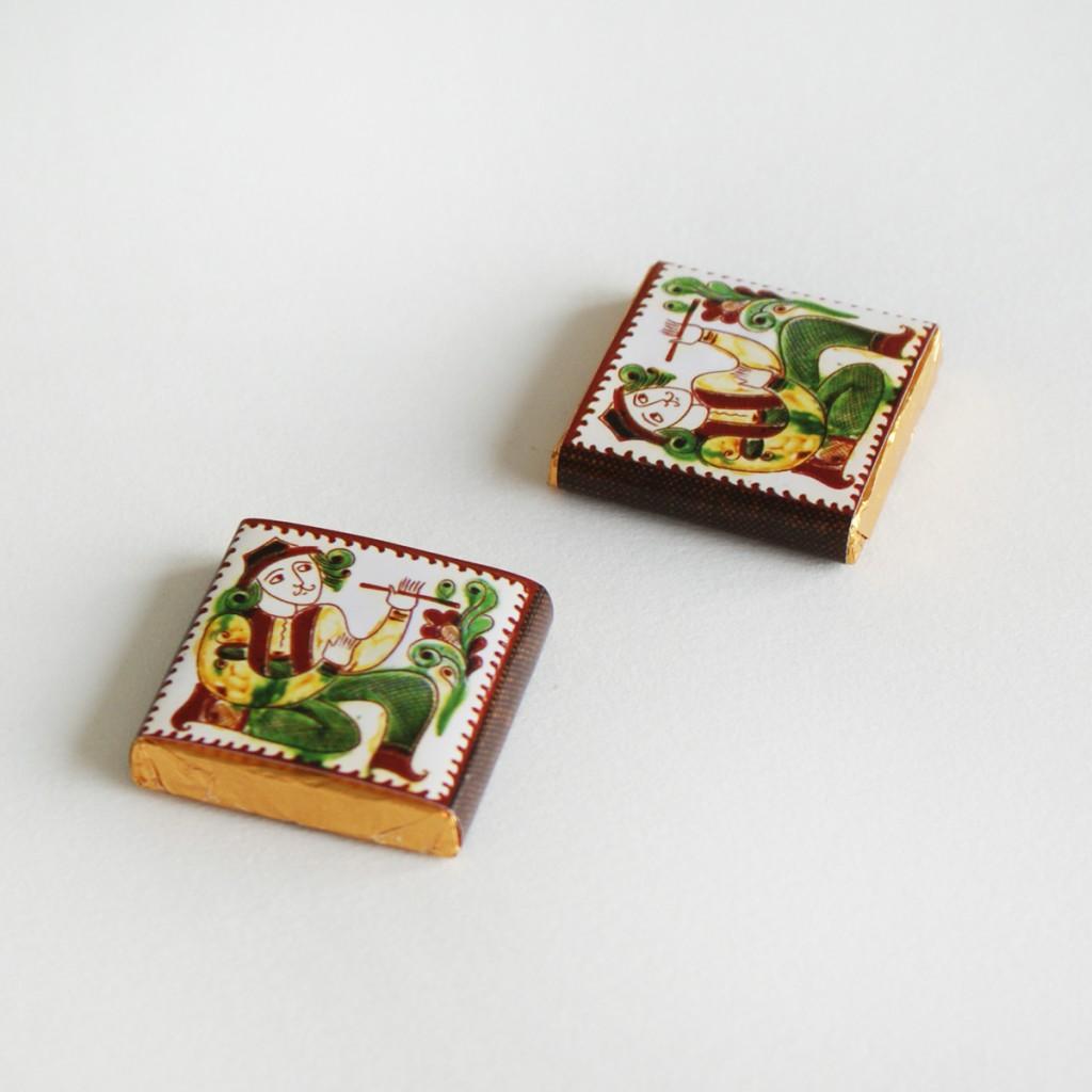 Где заказать изготовление шоколада 5 г с логотипом компании?