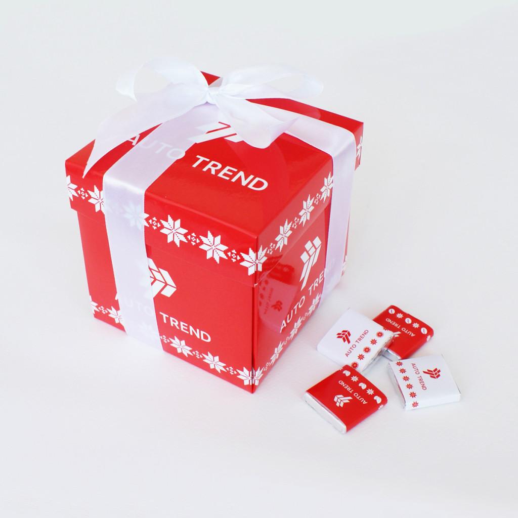 Куб на любое количество шоколадок внутри